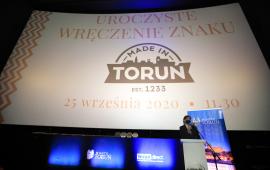 Na zdjęciu: rozpoczęcie gali wręczenia certyfikatów Made in Toruń