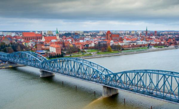 Na zdjęciu most drogowy w Toruniu, Fot. Błażej Antonowicz Focus Art