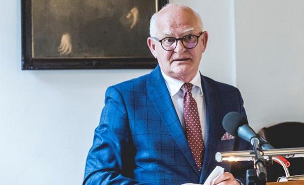 dr Marek Rubnikowicz