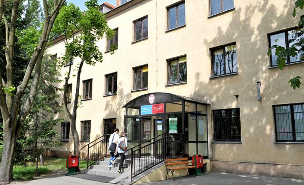 Na zdjęciu siedziba Toruńskie Centrum Świadczeń Rodzinie przy ul. Batorego
