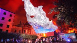 Na zdjęciu - pokaz podczas festiwalu Bella Skyway