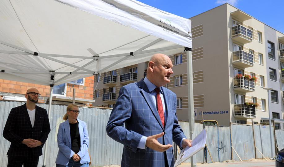 Na zdjęciu prezydent Michał Zaleski przemawia
